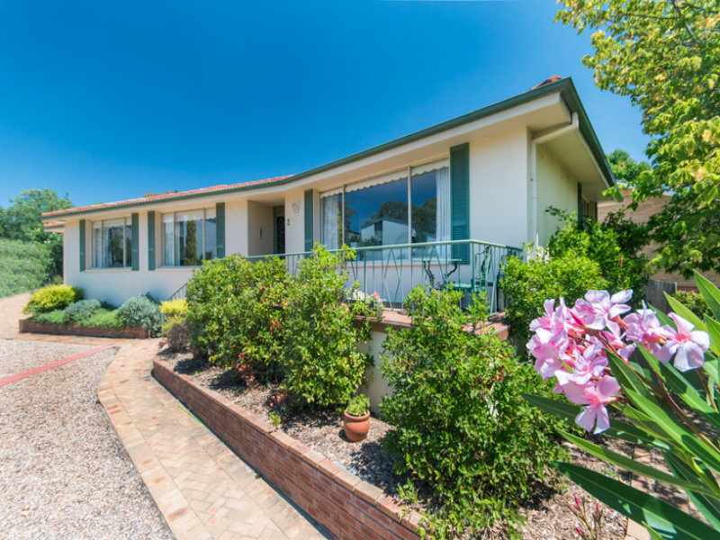 2 Parkhill street, Pearce, ACT 2607