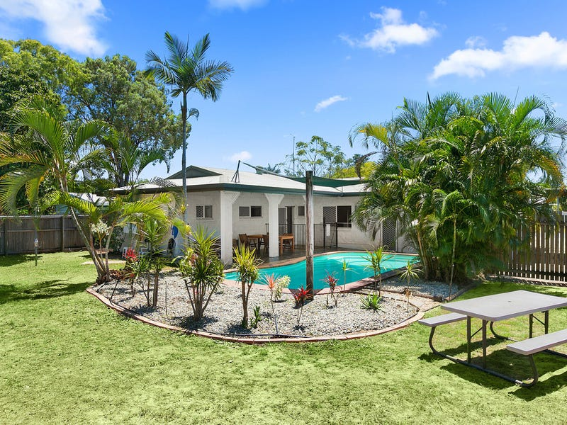 7 Tristania Street, Holloways Beach, Qld 4878