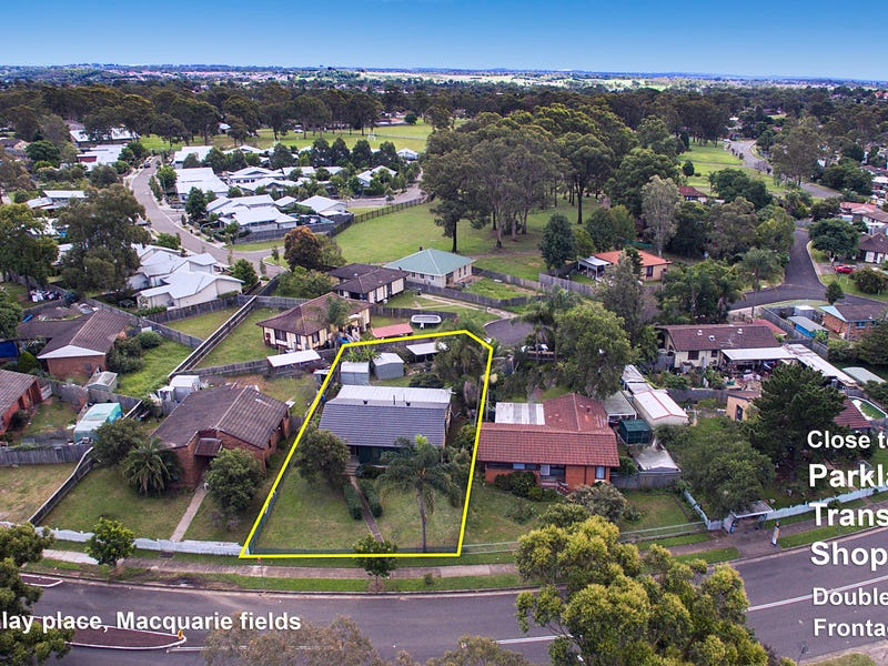 11 Bangalay Place, Macquarie Fields, NSW 2564