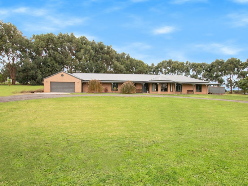 147 Penshurst-Warrnambool Road, Koroit