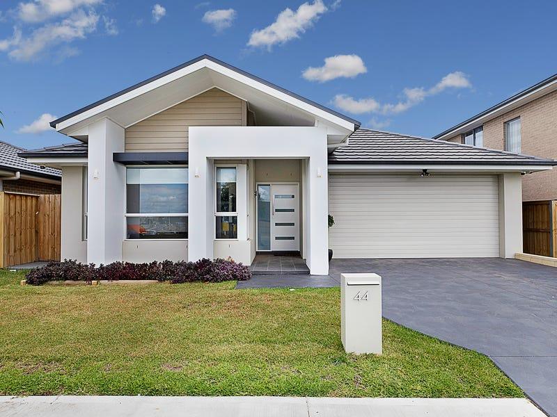 44 Gledswood Hills Drive, Gledswood Hills, NSW 2557