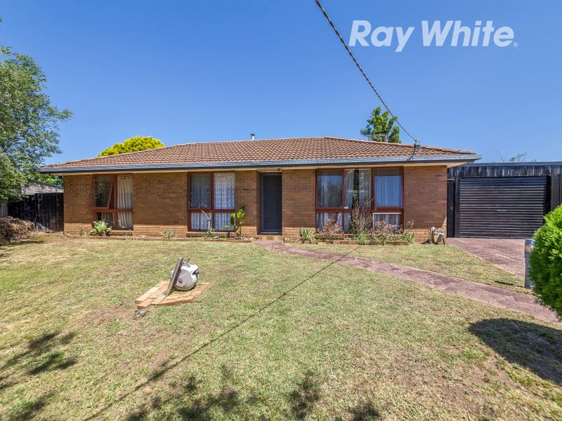 49 Kinlora Avenue, Epping, Vic 3076