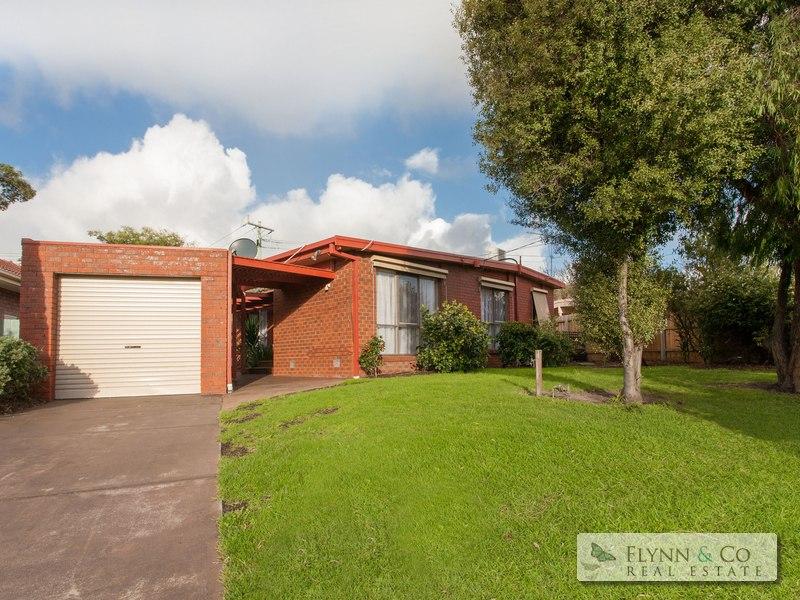 59 Woonton Crescent, Rosebud, Vic 3939