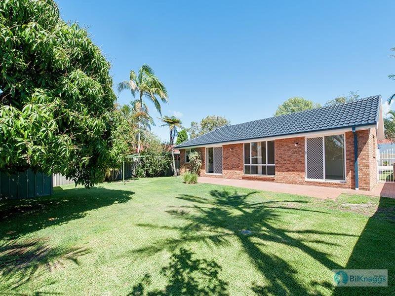 107 Rocky Point Road, Fingal Bay, NSW 2315