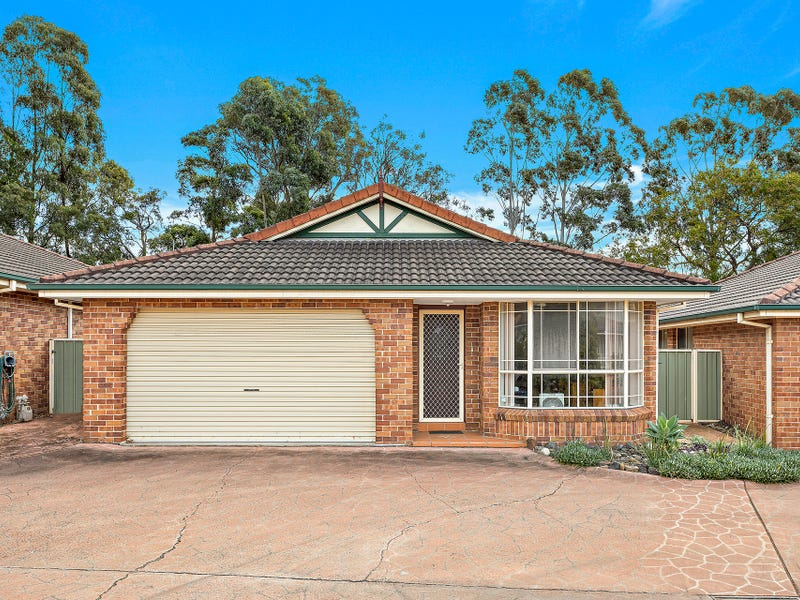 8/2a Jobson Avenue, Mount Ousley, NSW 2519