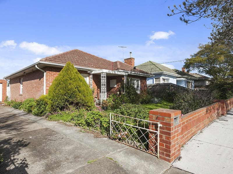 15 Armstrong Street, Sunshine West