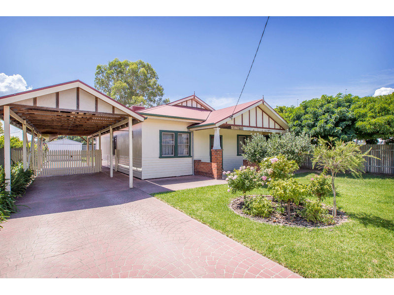 420 Hovell Street, South Albury, NSW 2640