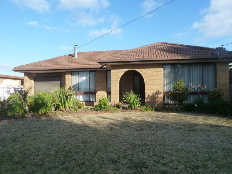 32 Leonard Road, Hanwood, NSW 2680
