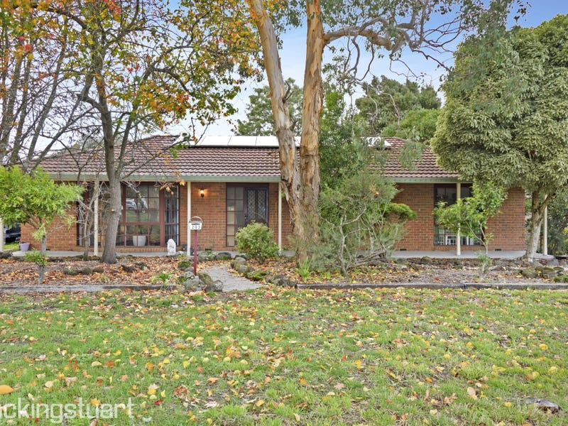 203 Winter Street, Buninyong, Vic 3357