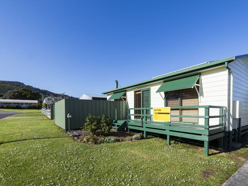 Unit 1/2 Murray Square, Apollo Bay, Vic 3233
