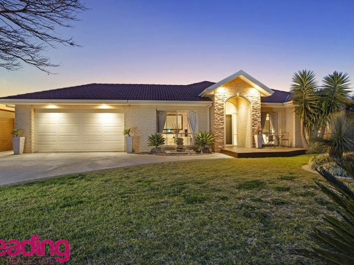 72 The Skyline, Sunbury, Vic 3429