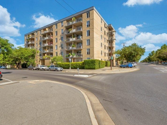 2 103 Strangways Tce, North Adelaide, SA 5006