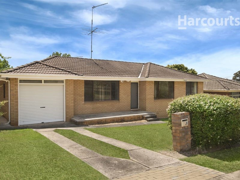 6 College Road, Campbelltown, NSW 2560