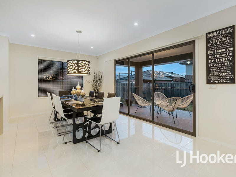 41 Lemon Grove, Cranbourne West, Vic 3977