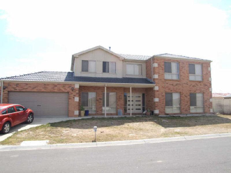 8 Viola Avenue, Pakenham, Vic 3810