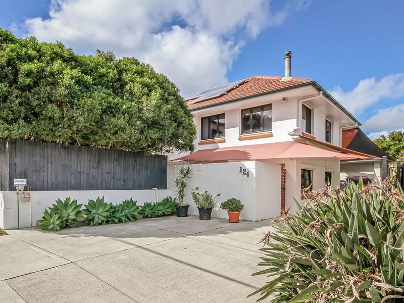 124 Marshall Road, Holland Park West