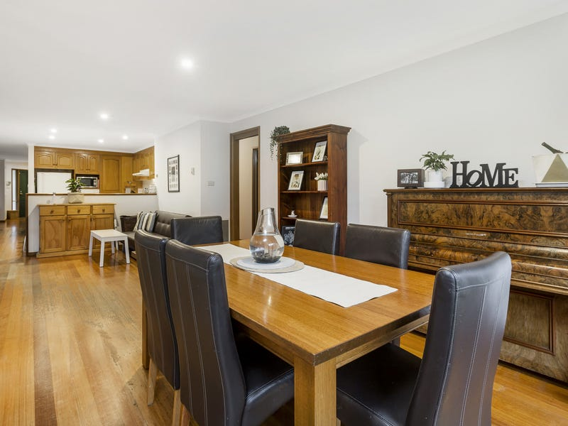 4 Peppermint Place, Somerville, Vic 3912