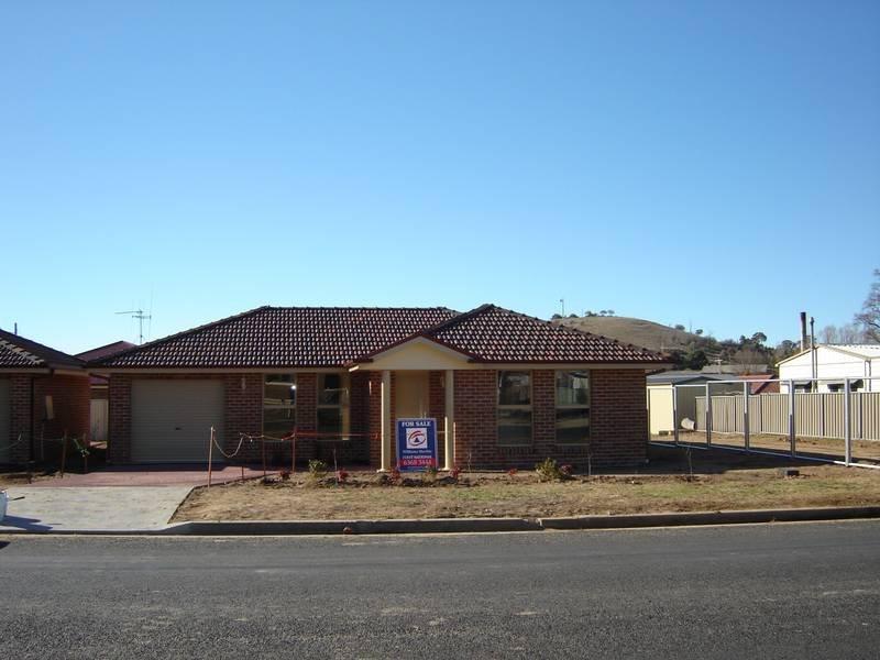1/15 Binstead Street, Blayney, NSW 2799