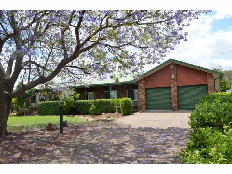 18 Hillcrest Road, Gunnedah, NSW 2380