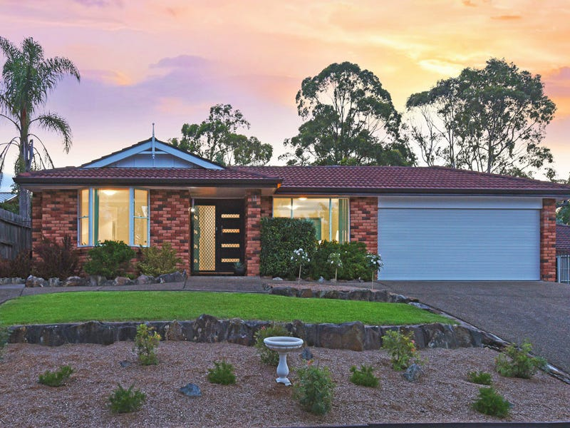 11 Livingstone Place, Mount Colah, NSW 2079