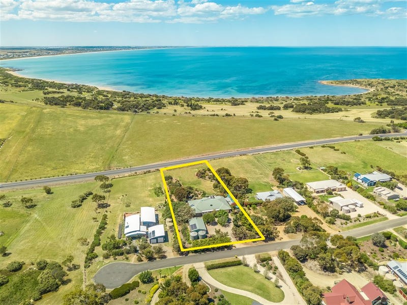 3 Stock Drive, Port Elliot, SA 5212