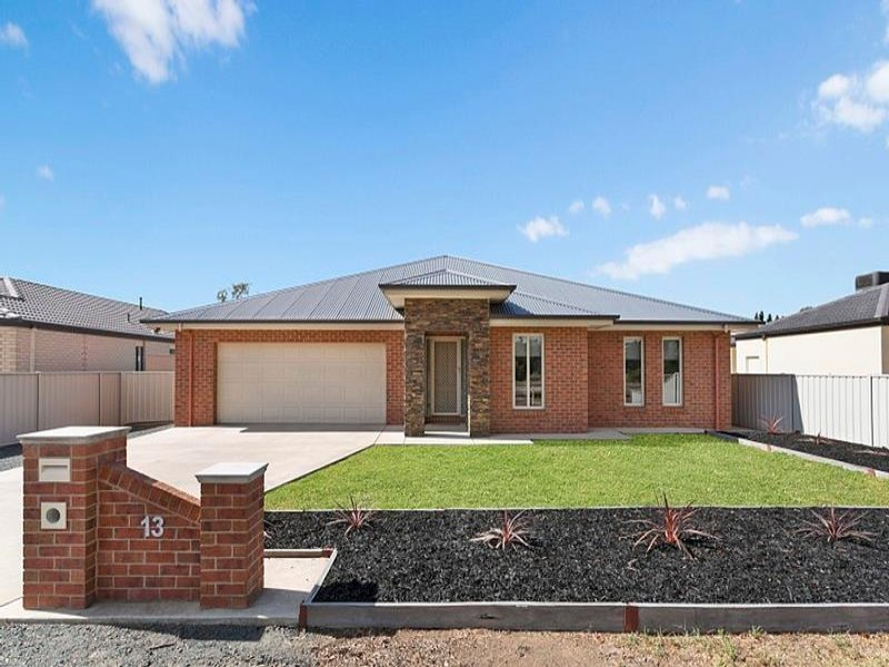 13 High Street, Rochester, Vic 3561