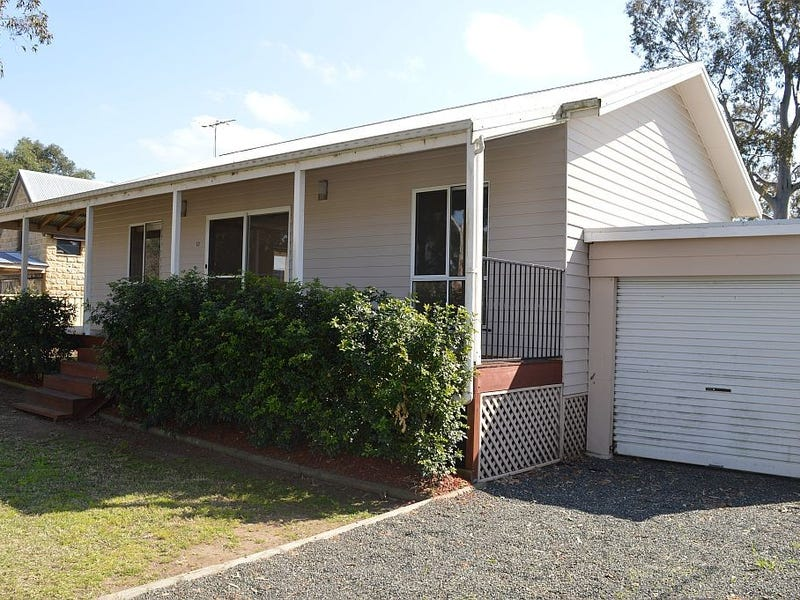13 Stirling Street, Abernethy, NSW 2325