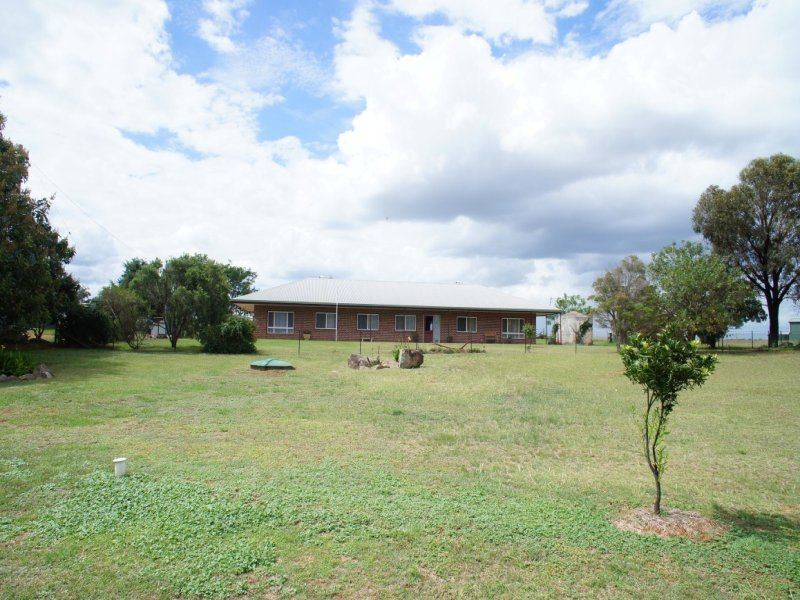 104 Roma Rd, Yeoval, NSW 2868