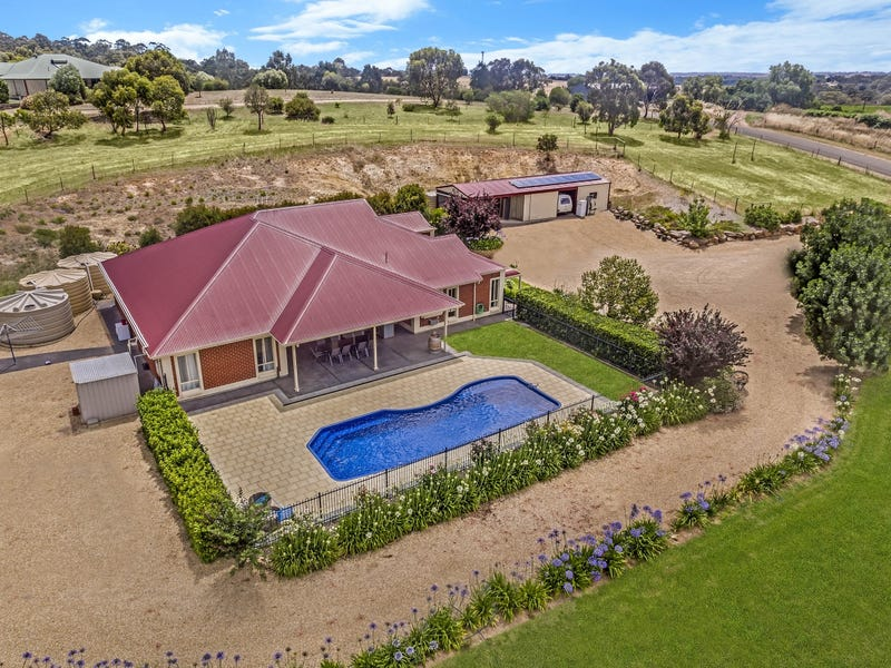 43 William Gilbert Avenue, Williamstown, SA 5351