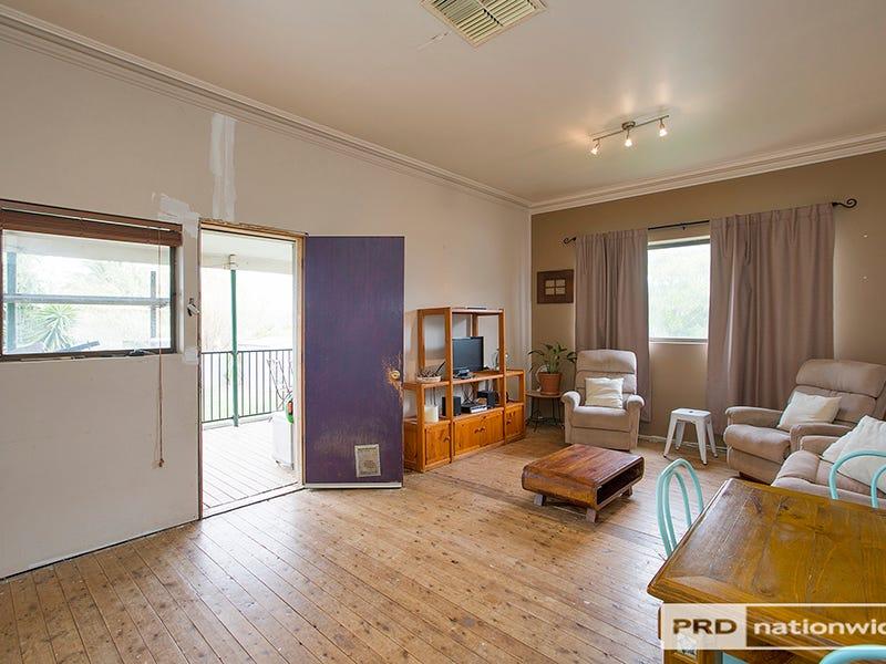 98 Flinders Street, Tamworth, NSW 2340