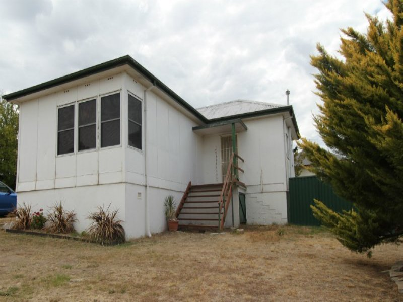 12 Henderson Street, West Bathurst, NSW 2795