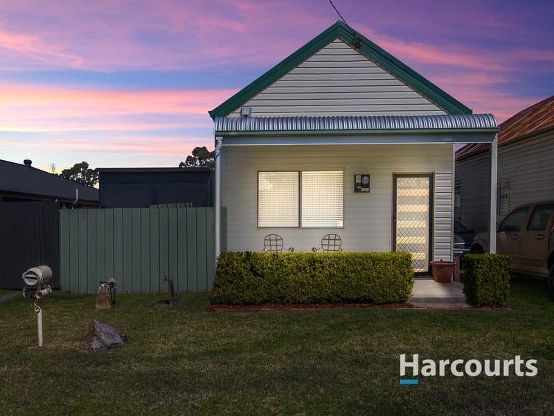 70 Harle Street, Abermain, NSW 2326