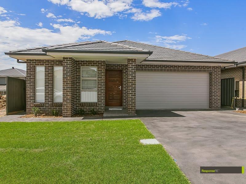 6 Redden Crescent, Riverstone, NSW 2765