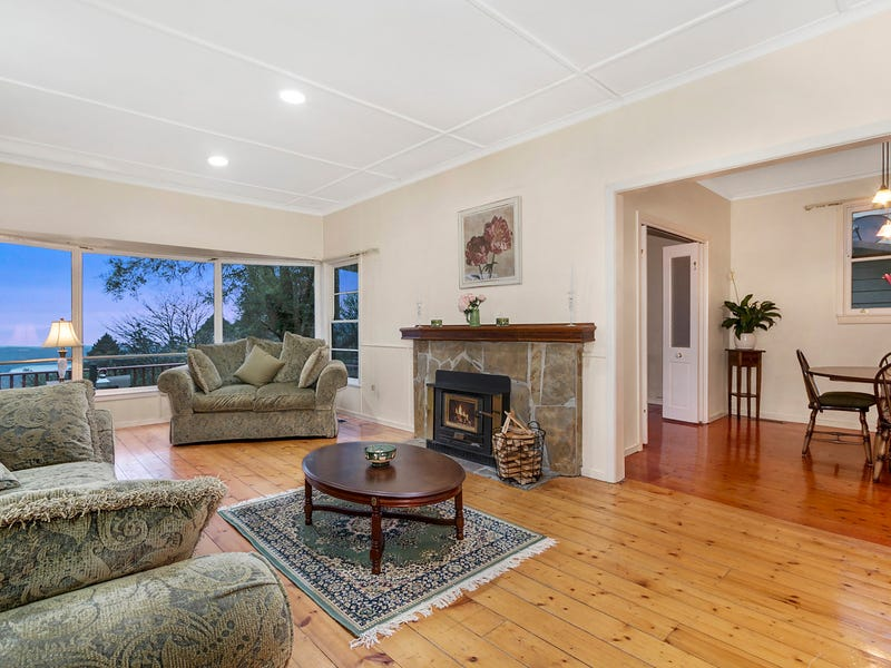 3 Falls Road, Kalorama, Vic 3766