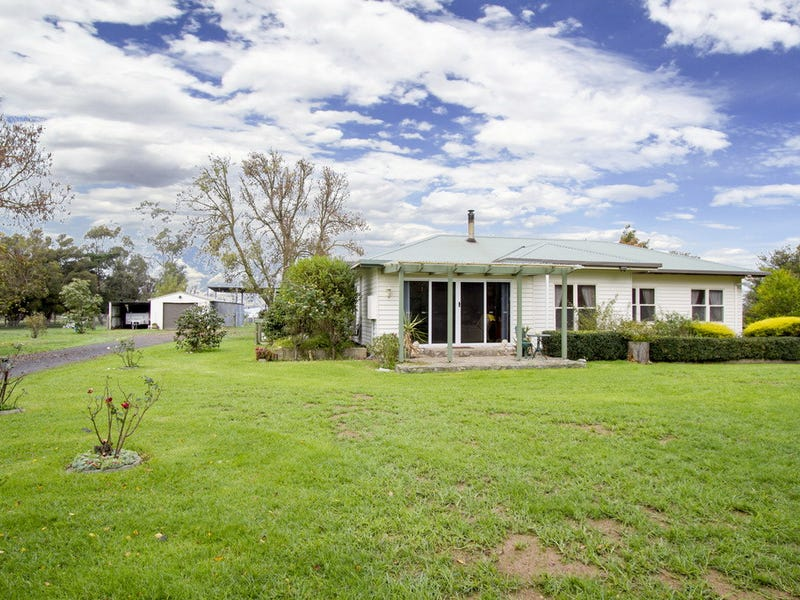 841 Sale-Cowwarr Road, Nambrok, Vic 3847