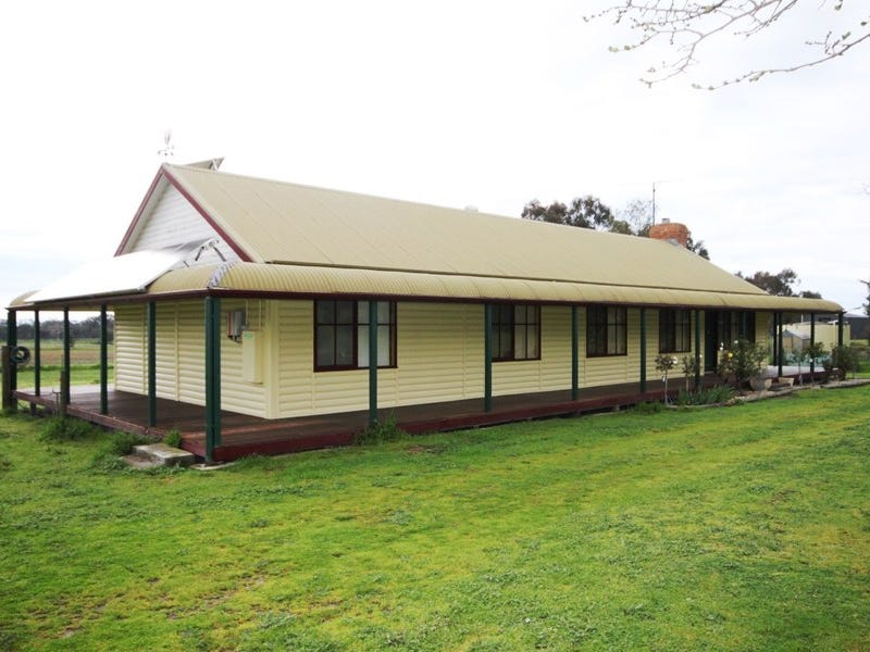 400 Warby Range Road, Wangaratta, Vic 3677
