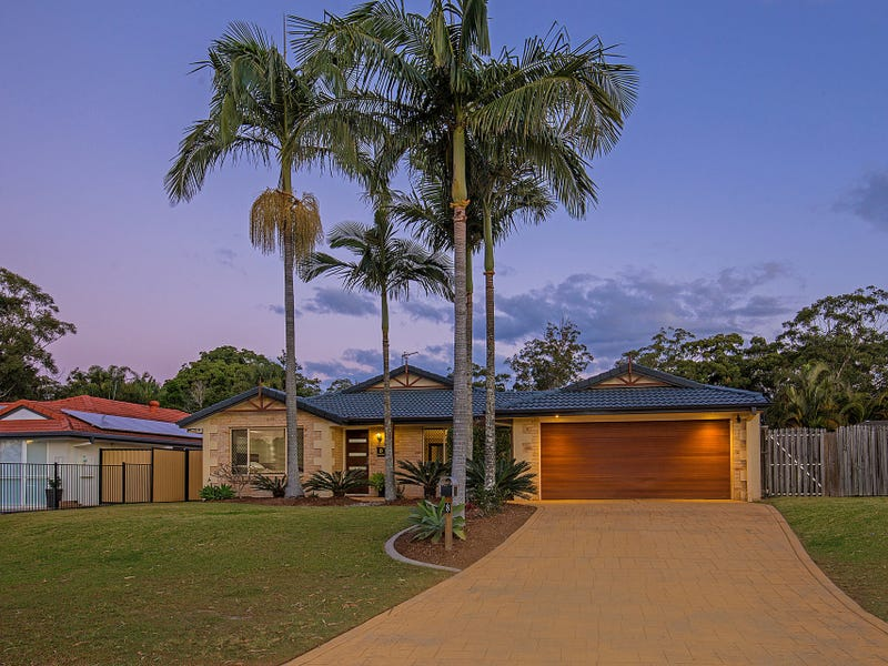 8 Navua Court, Pacific Pines, Qld 4211