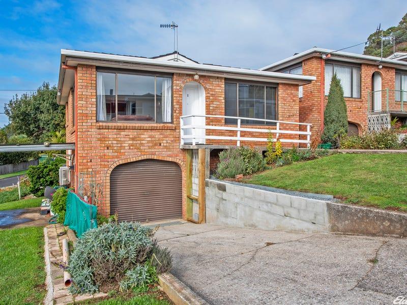 1/2 Studholme Street, South Burnie, Tas 7320