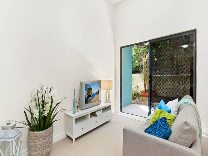 215/10 Minkara Road, Bayview, NSW 2104