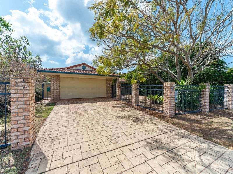 30 Walter Raleigh Crescent, Hollywell, Qld 4216