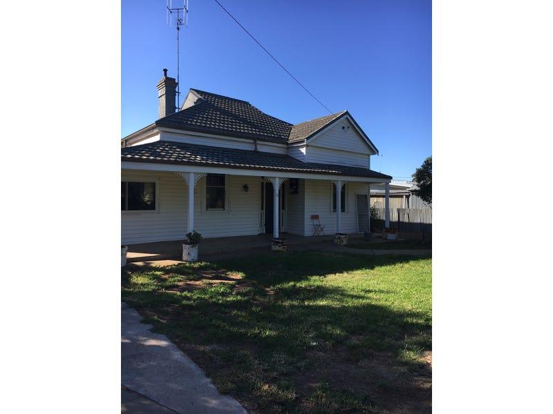 16 COREE STREET, Finley, NSW 2713