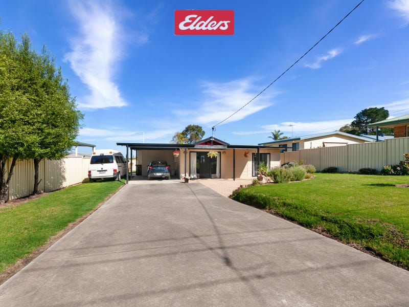 10 Golf Links Road, Lakes Entrance, Vic 3909