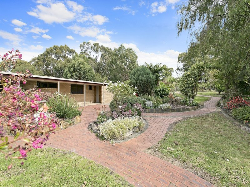 395 Forest Street South, Barongarook, Vic 3249