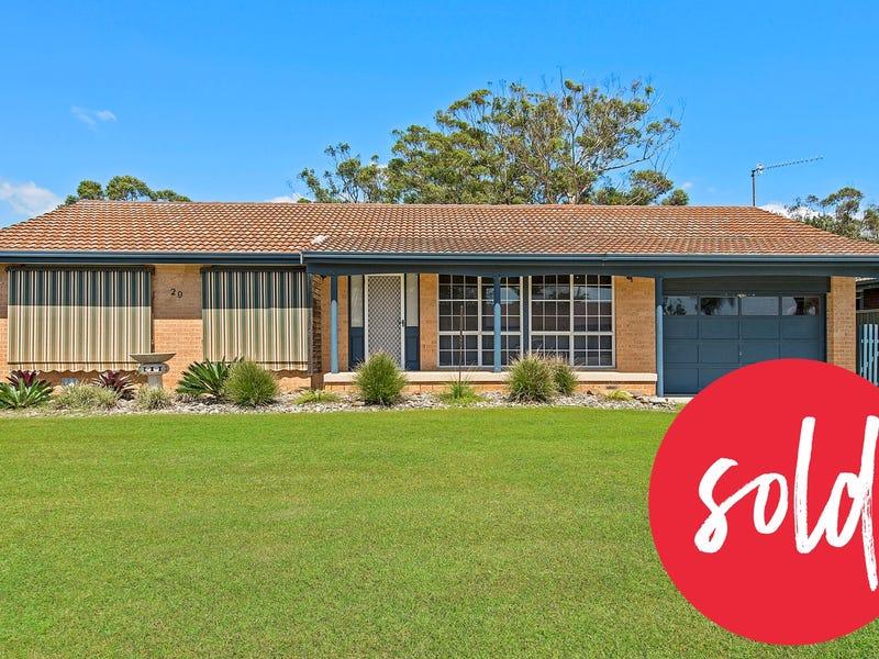 29 Murson Crescent, North Haven, NSW 2443