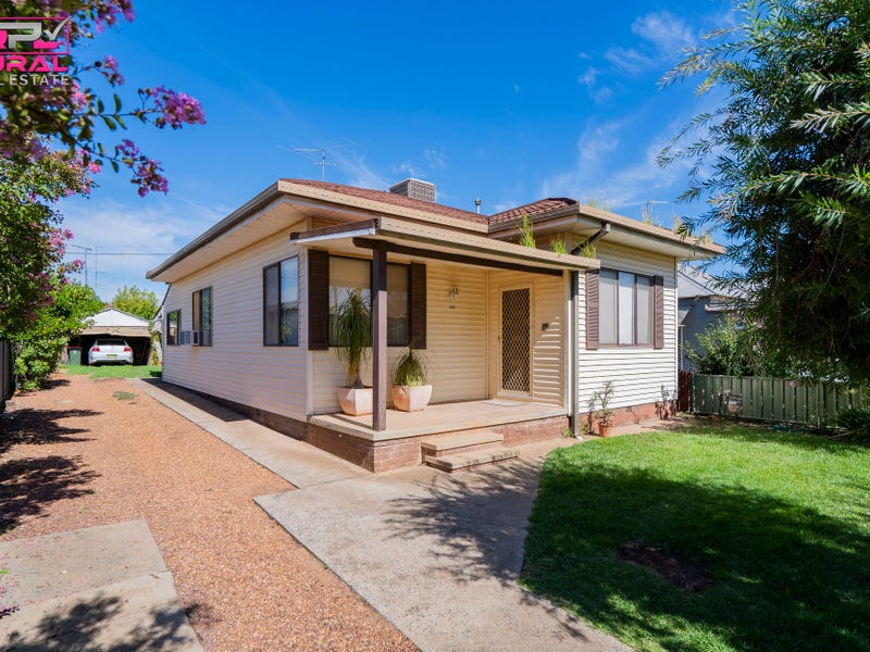 14A Yanco Avenue, Leeton, NSW 2705