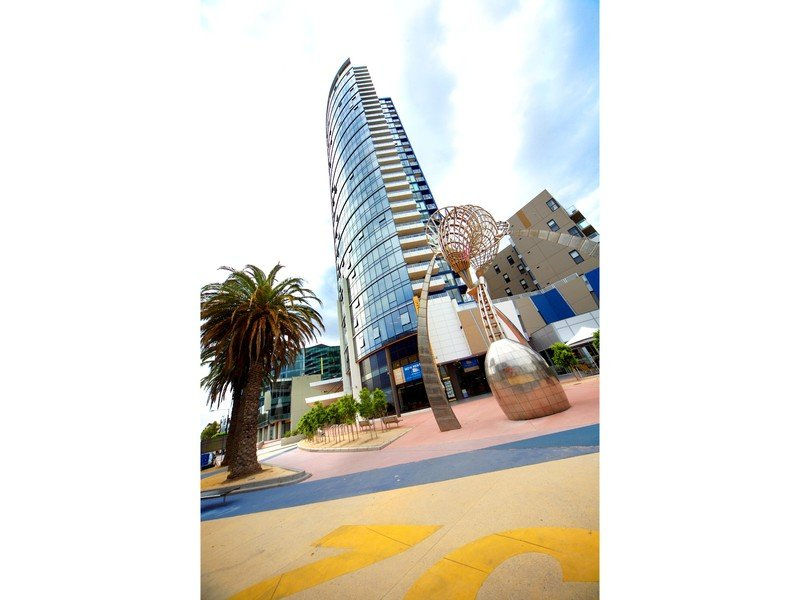 715/-100 Harbour Esplanade, Docklands, Vic 3008