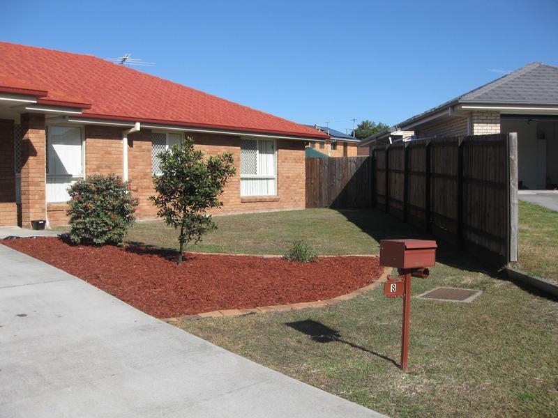 8 Josh Court, Flinders View