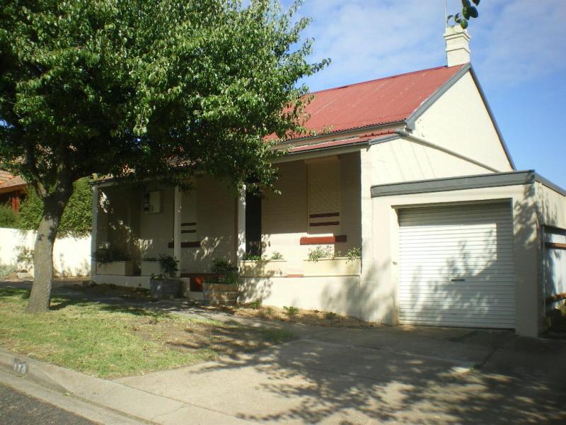176 COWPER STREET, Goulburn, NSW 2580