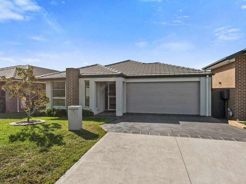 25 Sierra Avenue, Middleton Grange, NSW 2171