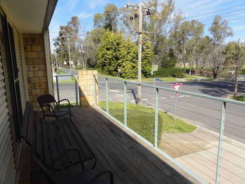 Unit 4,25 Sheridan Lane, Gundagai, NSW 2722